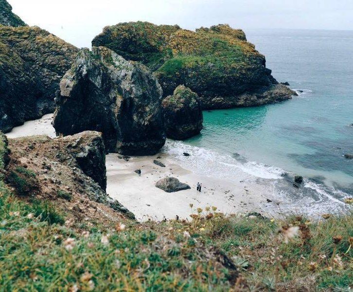 View over Kynance Cove Beach on the Lizard Peninsula in Cornwall